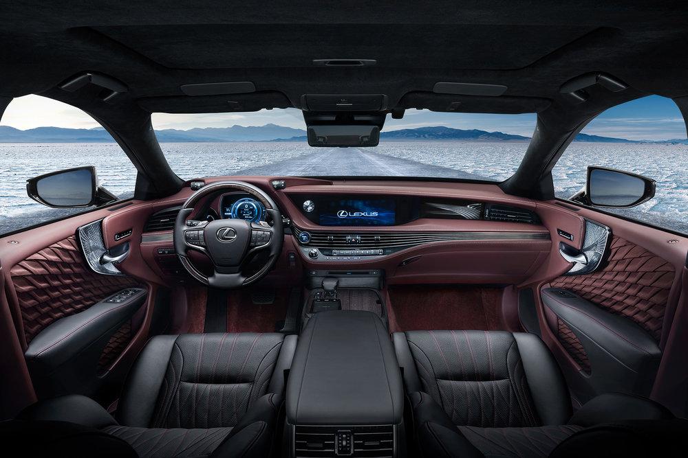 2018-Lexus-LS-500h-Interior.jpg