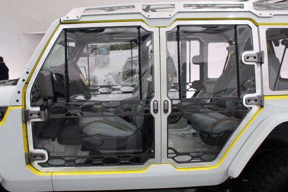 9-jeep-wrangler-safari-concept.jpg