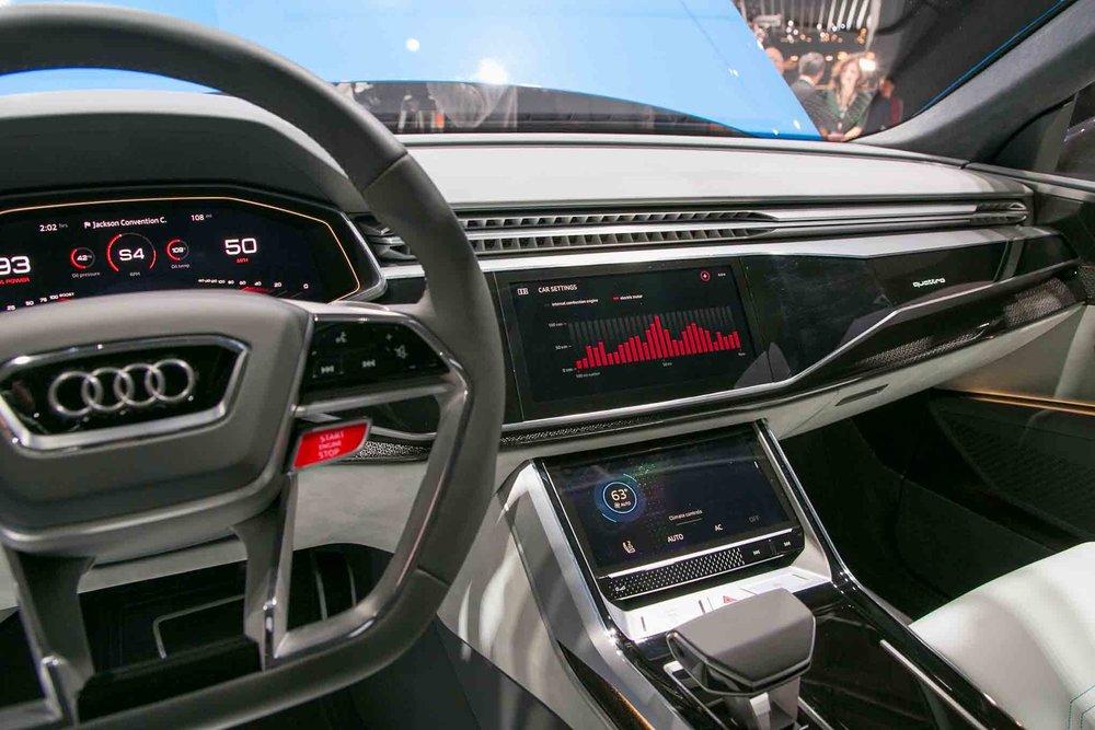 Audi-Q8-Concept-dashboard-4.jpg