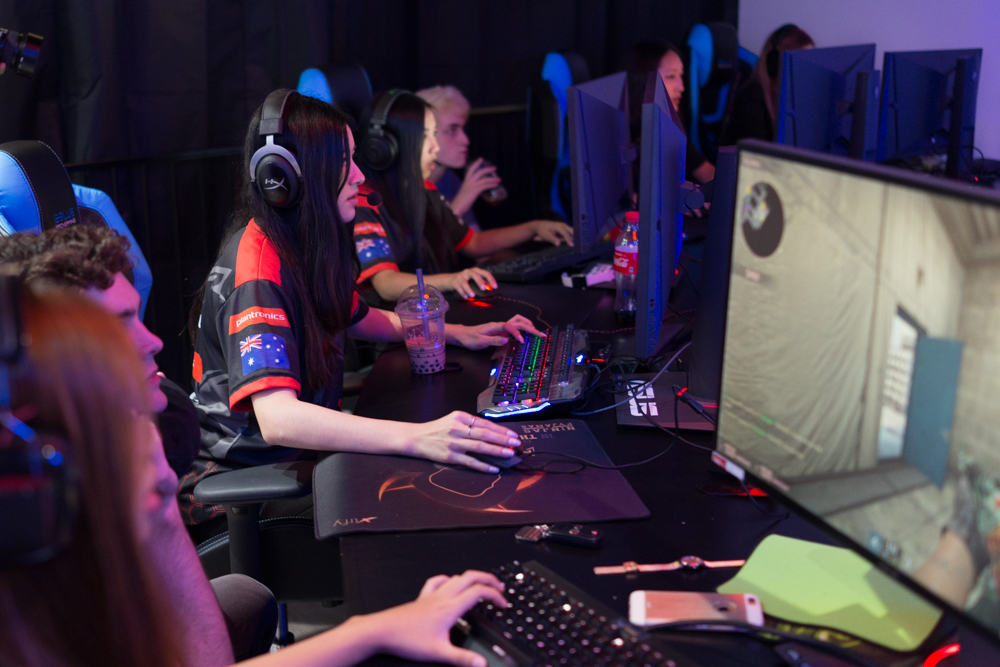 Dark Sided WPGI Professional Female CSGO Esports League