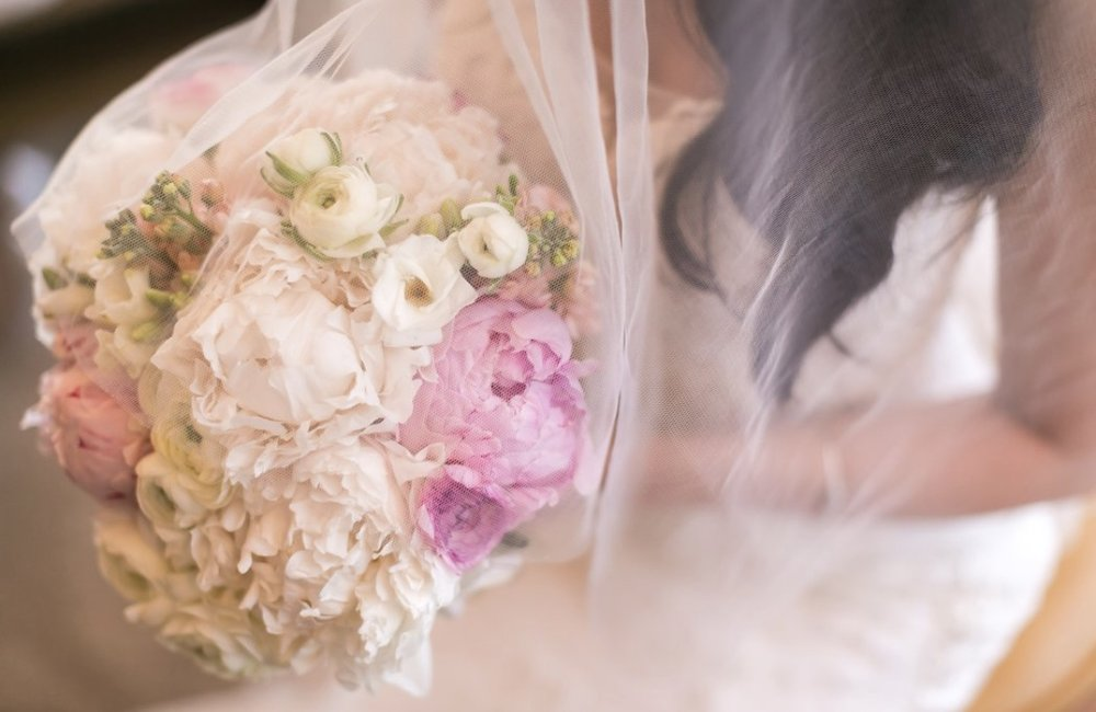 Heather with her bespoke bouquet