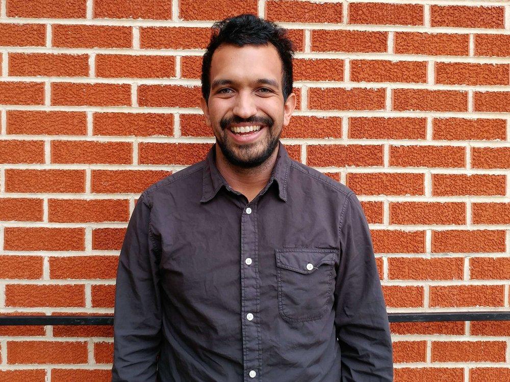 Emmanuel Roldan, Pastor