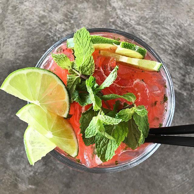 Watermelon Mint Daiquiri 🍉🌿🌸 #beachfront #restaurant #nicaragua