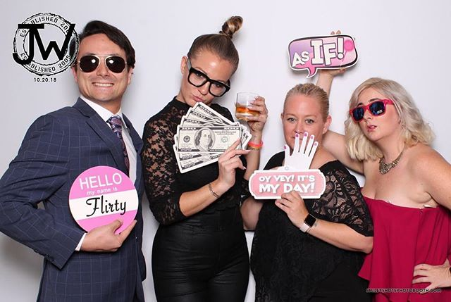 Photo booth fun!!! . . . . . #smileyshots #smileyshotsphotobooth #losangelesphotobooth #socalphotobooth #luxuryphotobooth #photoboothrental #photoboothrentals #eventpro #eventpros #corporateevents #corporateparty #companyparty #companyparties #officeparties #eventplanners #gifbooth#gifboothlosangeles #boomerangbooth #brandingactivation #photomarketing #marketingagency #eventplannerlosangeles #brandedphotobooth #experientialmarketing #mitzvahphotobooth