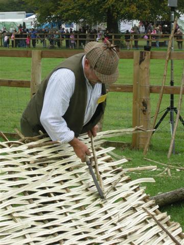 hurdle-fence-making.jpg