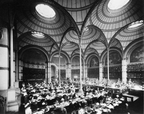 1313798-La_Bibliothèque_nationale_à_Paris.jpg