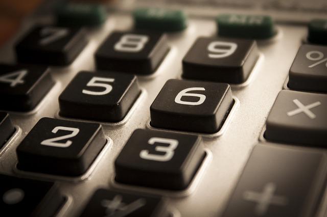 calculator-1180740_640.jpg