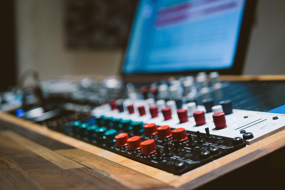 Willkommen bei Treehouse Studios - Das führende Tonstudio mitten in Wien!