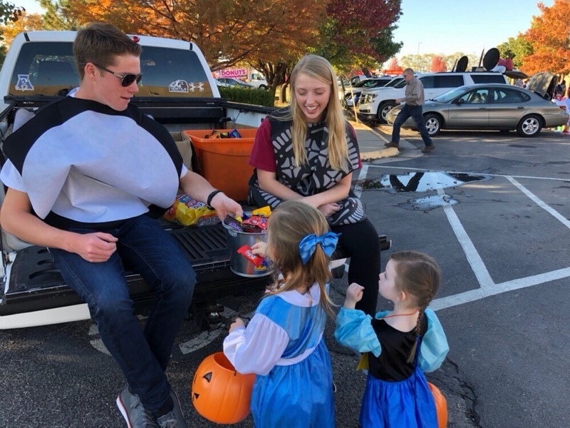 Trunk or Treat 1.jpg