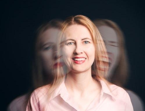 Bipolar-Disorder-psychiatrist.jpg