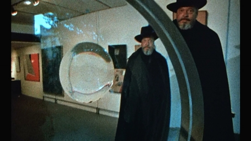 "Orson Welles' ""F for Fake."""