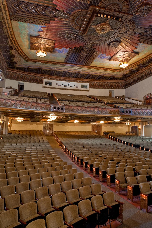 Warner Grand Theatre 2009.jpg