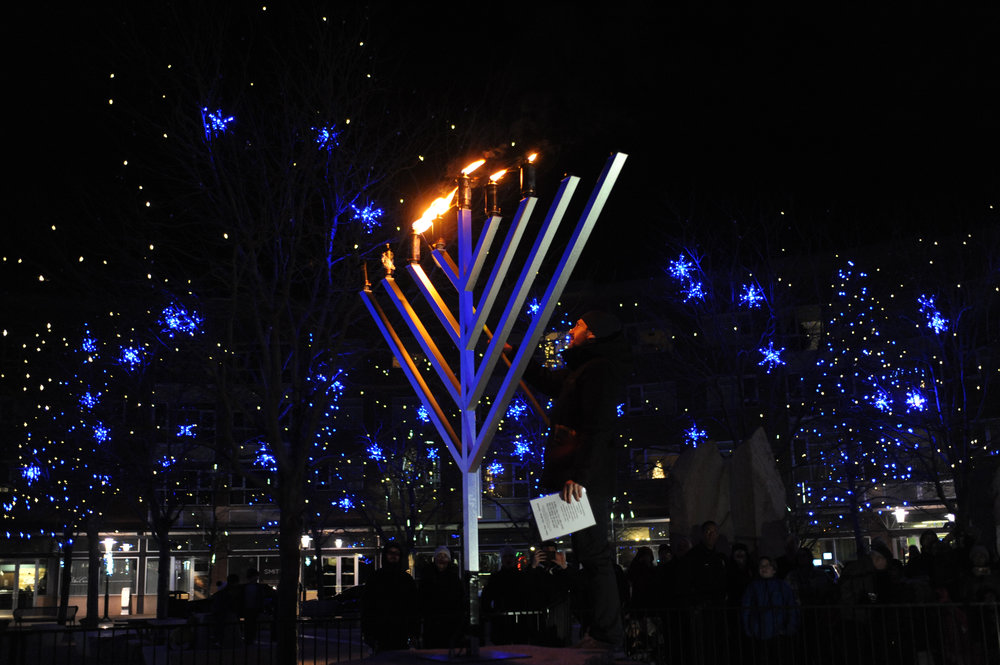LIghting the Stapleton Public Menorah.jpg