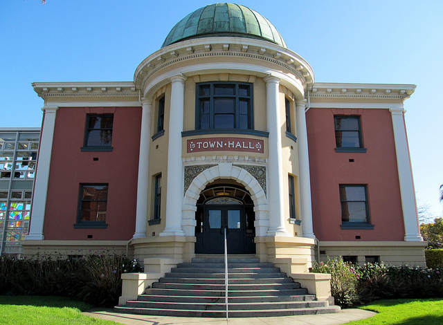 Emeryville City Hall