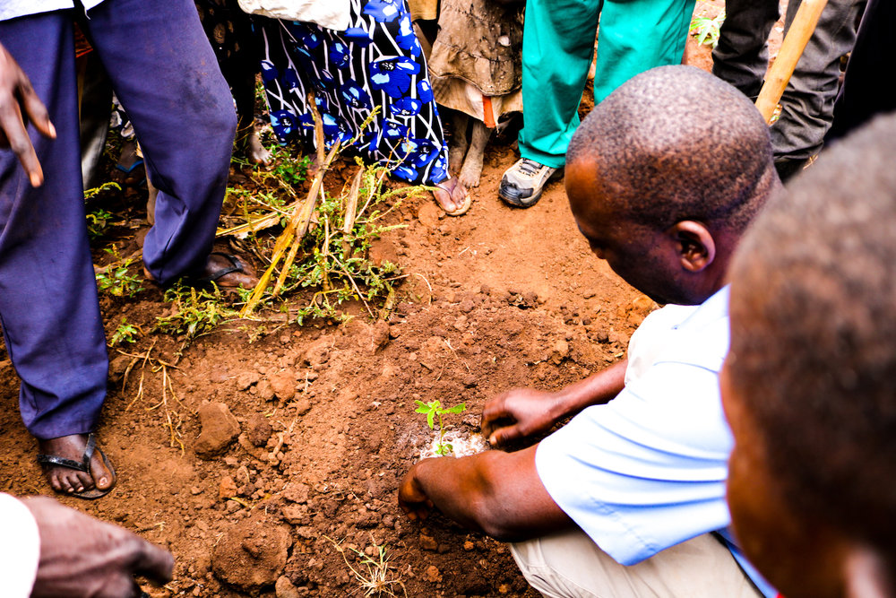 It was also an important educational moment. Each community member planted their trees independently after watching Abraham and Alex demonstrate.