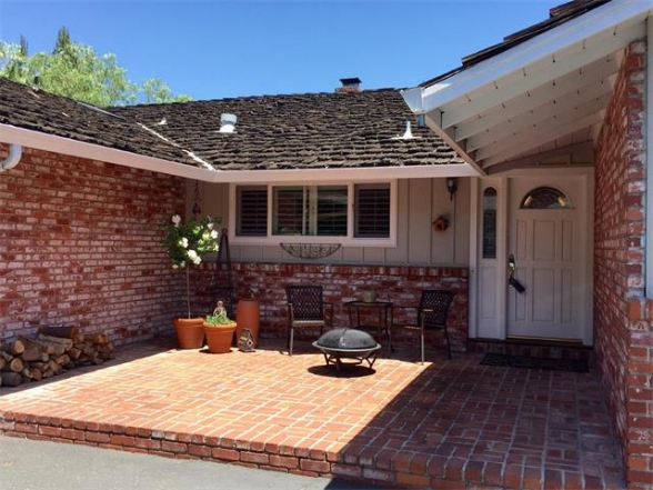 293 Alameda de las Pulgas, Redwood City | $1,452,000 Charming Rancher Situated on a Quiet Flag Lot with Pool