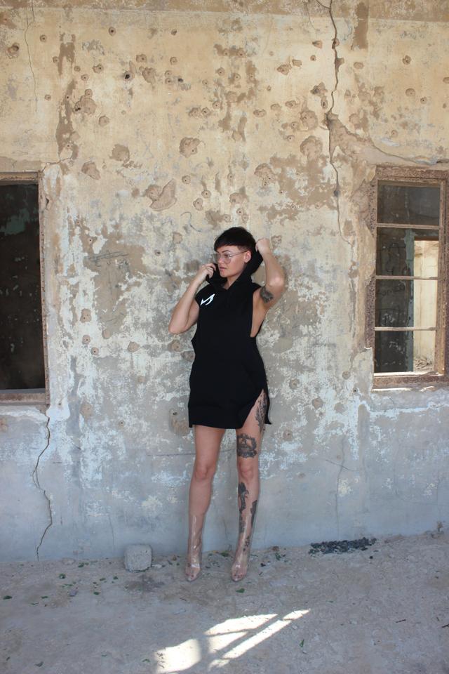 BrokenVinyl-Hood-Alex.jpg