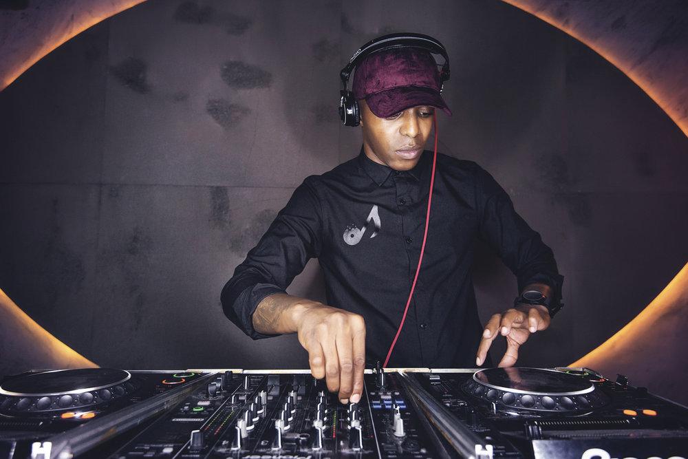 DJ LAUTURE_15.jpg