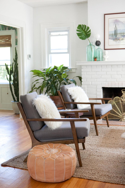 04_Design-Sponge-Jessica-Brigham-Living-Room.jpg