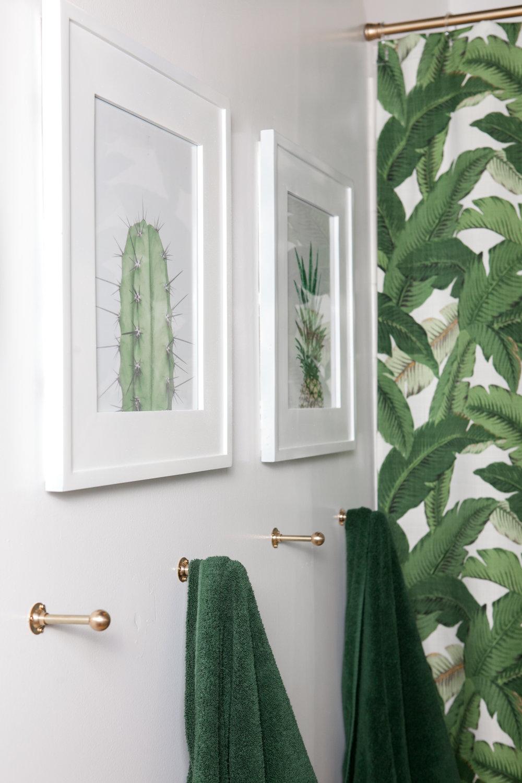 02_Design-Sponge-Jessica-Brigham-Bath.jpg