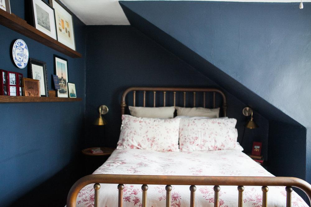 10_Design-Sponge-Jessica-Brigham-Guest-Room.jpg