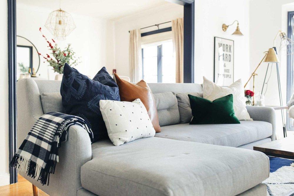homestudiolist-modern-charmer-san-francisco-natural-light-photoshoot-studio-rental-48.jpg