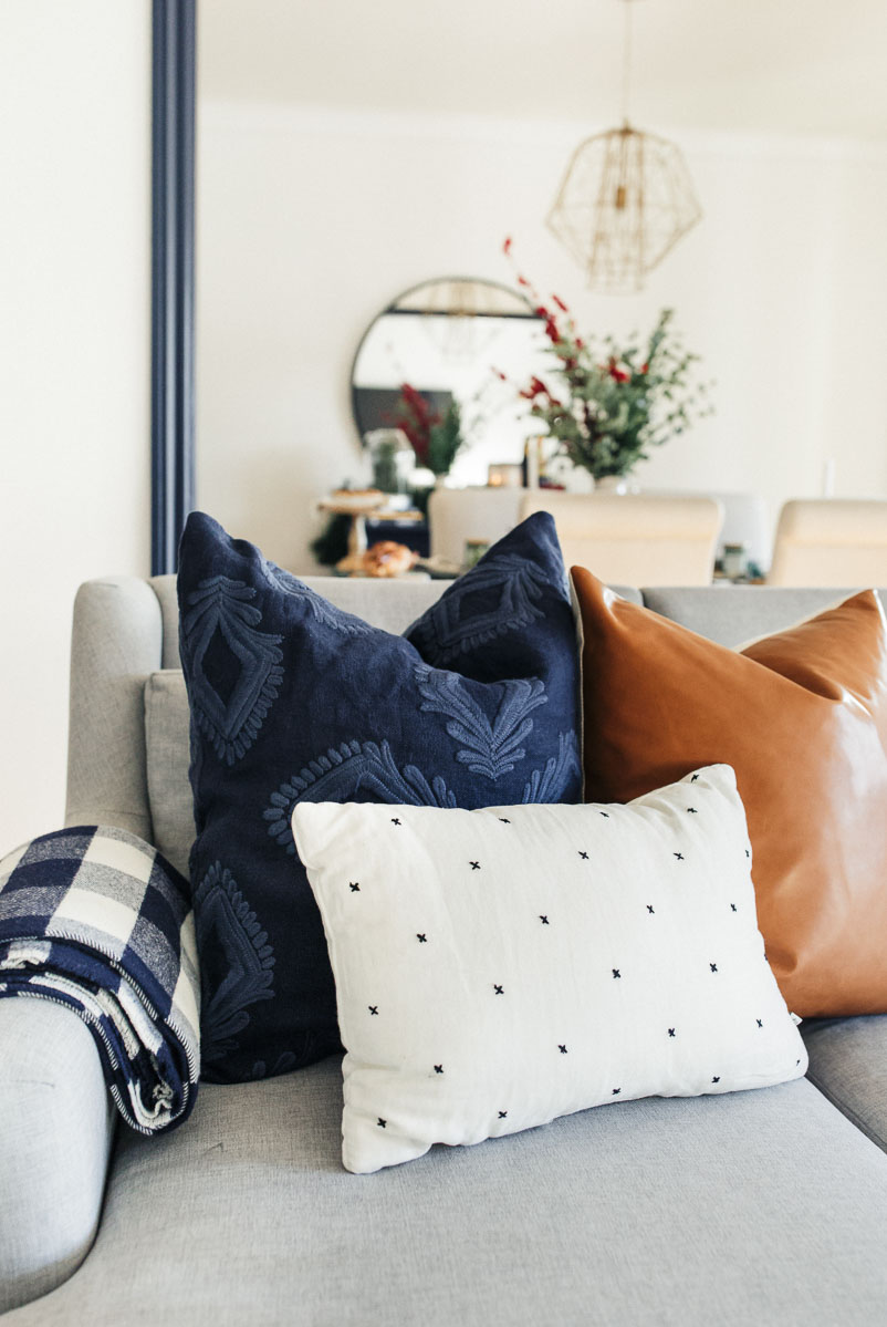 homestudiolist-modern-charmer-san-francisco-natural-light-photoshoot-studio-rental-54.jpg
