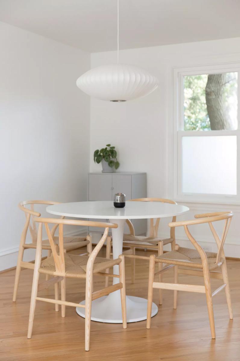 minimal-rowhouse_richmond-virginia-natural-light-photoshoot-location-4.jpg
