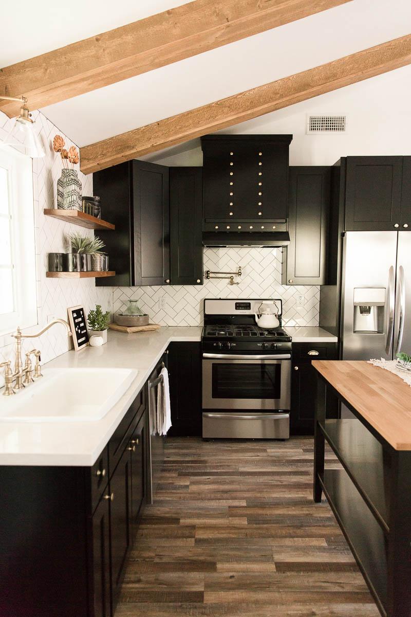 Modern-mood-home-studio-arizona-natural-light-photo-studio-rental-15.jpg