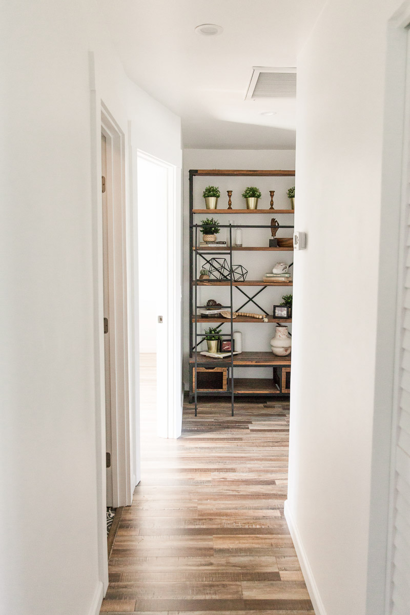 Modern-mood-home-studio-arizona-natural-light-photo-studio-rental-25.jpg