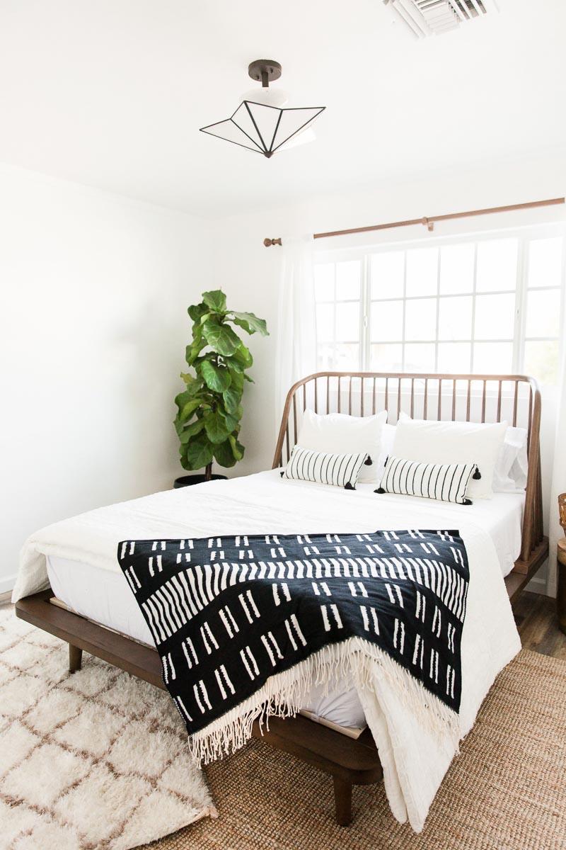 Modern-mood-home-studio-arizona-natural-light-photo-studio-rental-30.jpg
