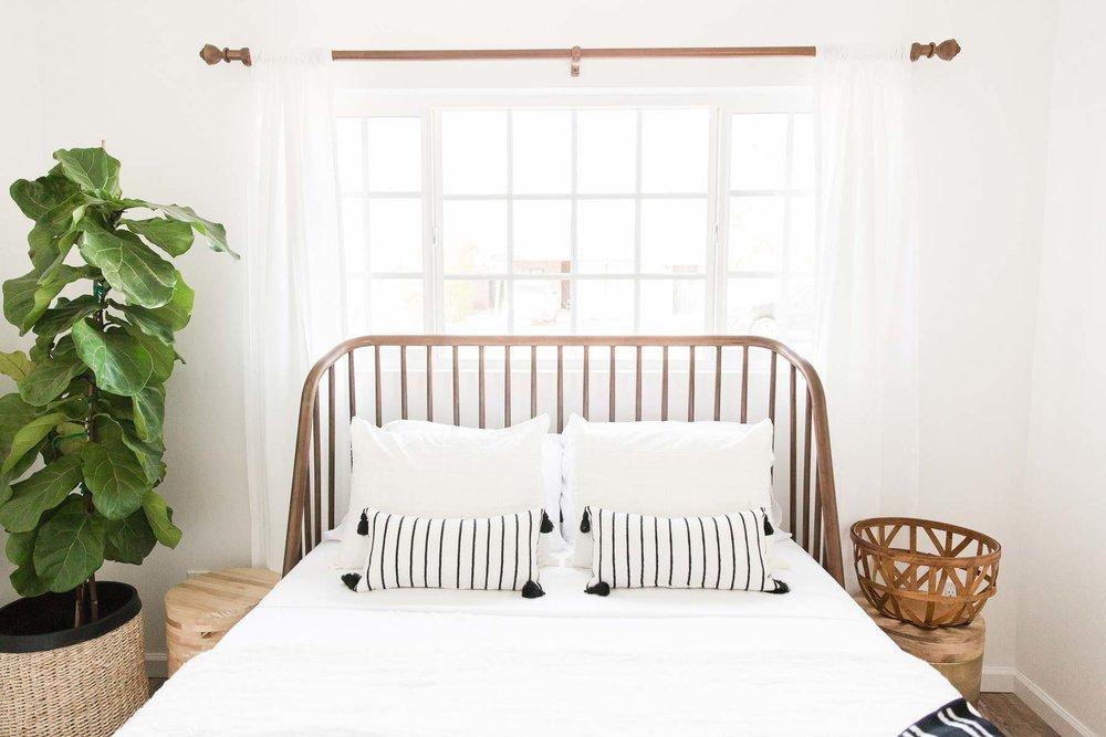 Modern-mood-home-studio-arizona-natural-light-photo-studio-rental-31.jpg