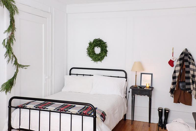 simple-charm-home-studio-chicago-illinois-natural-light-photo-studio-rental-3.jpg