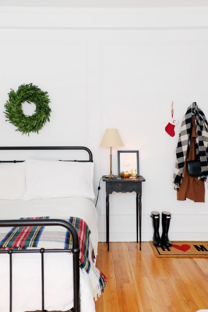 simple-charm-home-studio-chicago-illinois-natural-light-photo-studio-rental-4.jpg