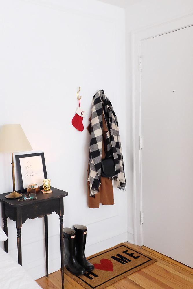 simple-charm-home-studio-chicago-illinois-natural-light-photo-studio-rental-7.jpg