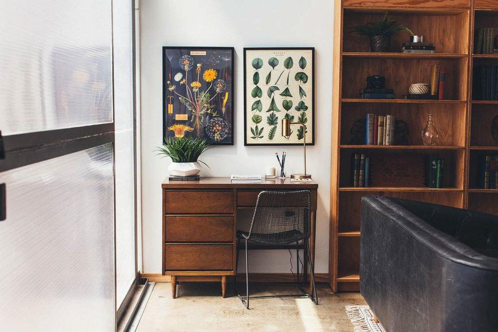 Dapper_Dwelling-homestudiolist-detroit-photoshoot-location-natural-light-12.jpg