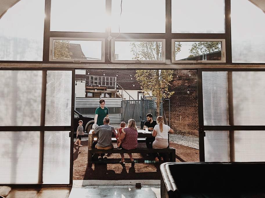 Dapper_Dwelling-homestudiolist-detroit-photoshoot-location-natural-light-20.jpg