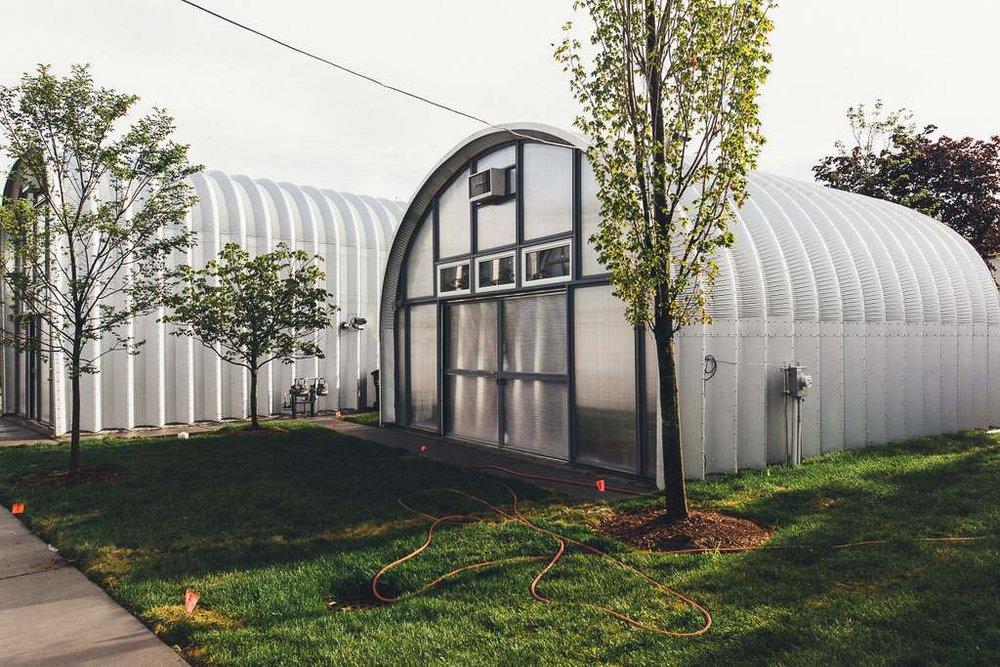 Dapper_Dwelling-homestudiolist-detroit-photoshoot-location-natural-light-28.jpg