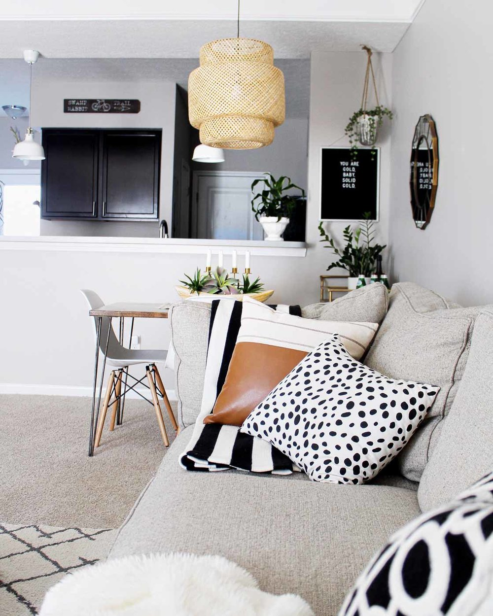 cozy-quarters-ohio-natural-light-photography-studio-lifestyle-photographer-2.jpg