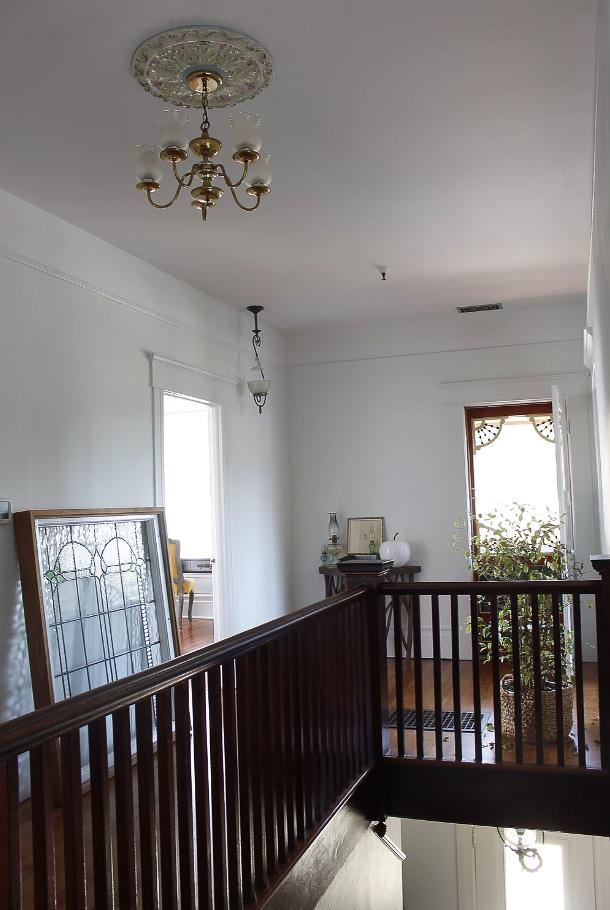 Petaluma-Place-natural-light-photography-studio-lifestyle-photo-ideas-indoor-photoshoot-location-21.jpg