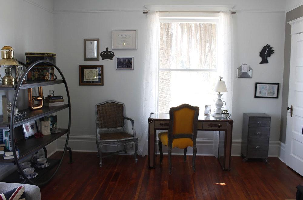 Petaluma-Place-natural-light-photography-studio-lifestyle-photo-ideas-indoor-photoshoot-location-23.jpg