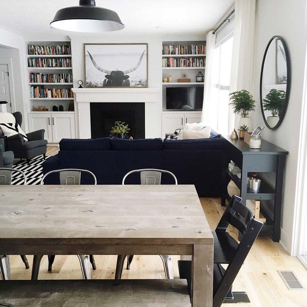 Cozy-Does-It-michigan-natural-light-photography-studio-lifestyle-photo-ideas-indoor-photoshoot-location-1.jpg