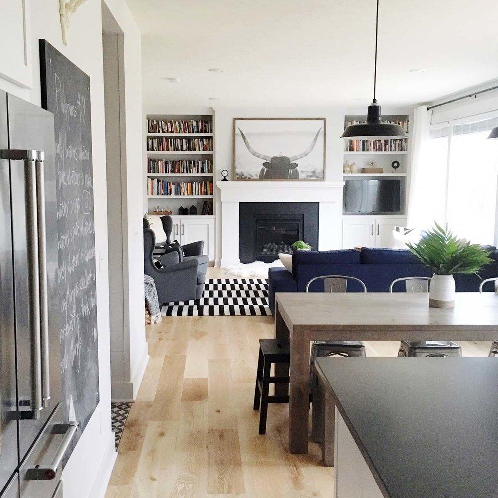 Cozy-Does-It-michigan-natural-light-photography-studio-lifestyle-photo-ideas-indoor-photoshoot-location-5.jpg
