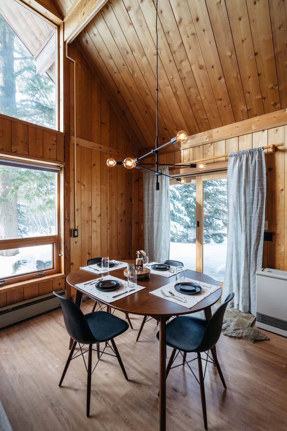 CabinGoals-WardsboroVT-natural-light-photography-studio-lifestyle-photoshoot-location-editorial-commercial-photography-3.jpg
