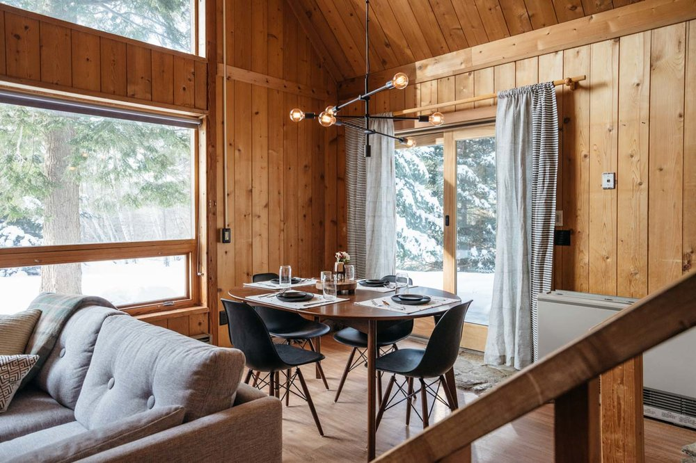 CabinGoals-WardsboroVT-natural-light-photography-studio-lifestyle-photoshoot-location-editorial-commercial-photography-4.jpg