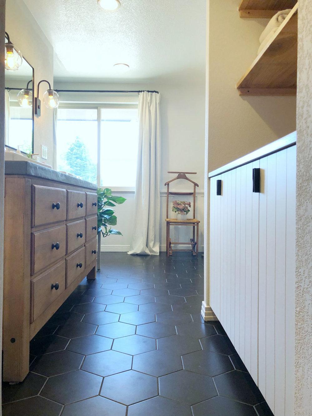 MinimalCharm-DenverCO-natural-light-photography-studio-lifestyle-photoshoot-location-editorial-commercial-photography-23.jpg