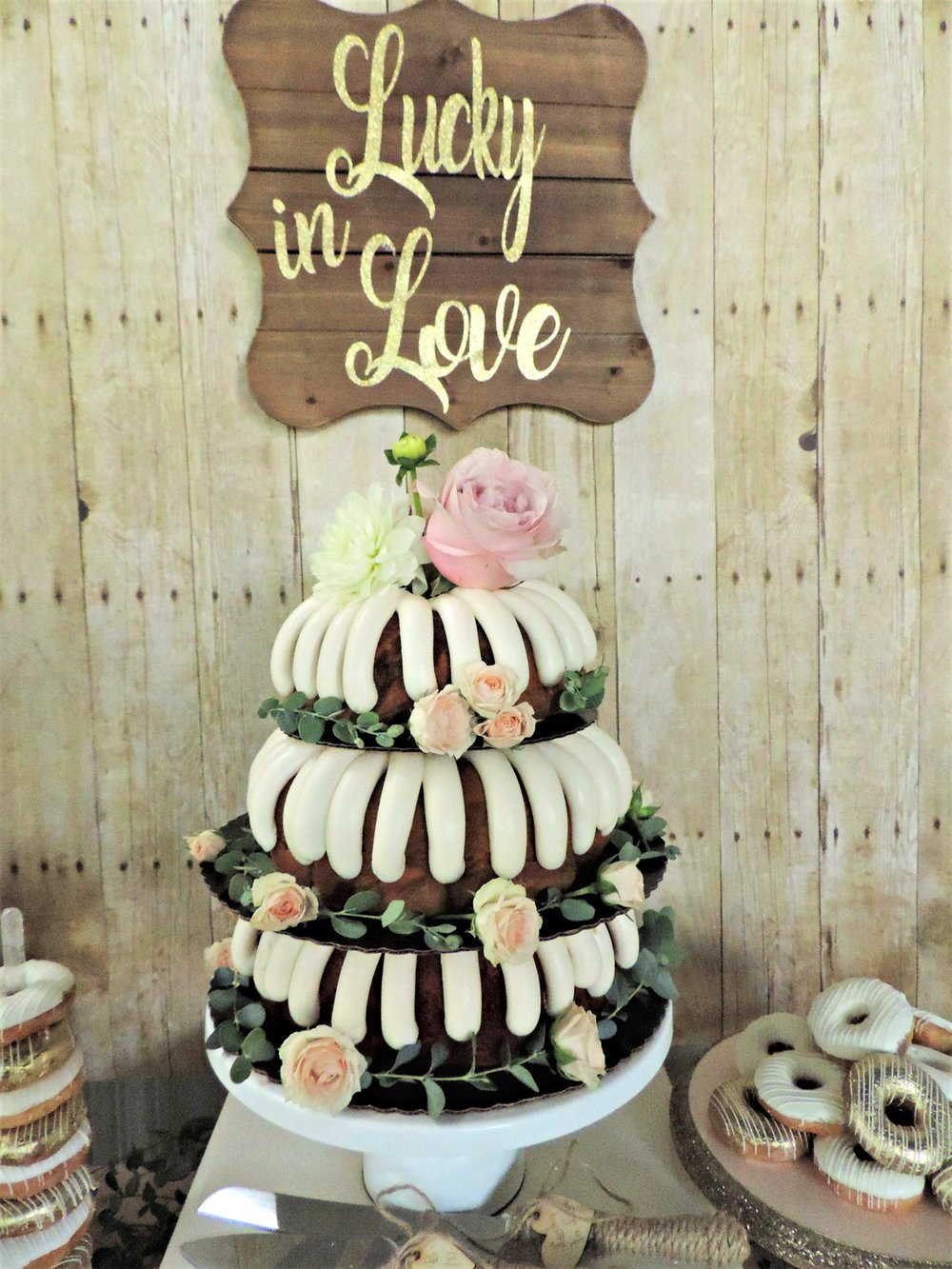 Nothing Bundt Cake-Wedding Cake-Rustic Wedding-Blush Pink Wedding-Bundt Wedding Cake-www.SugarPartiesLA.com.jpg