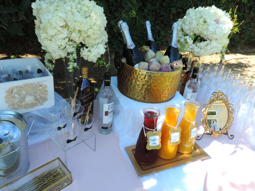 Garden wedding-wedding ideas-wedding champagne flutes-wedding drinks-wedding drink style-wedding drink table-wedding toast-rose ice cubes-wedding-summer wedding-spring wedding-www.SugarPartiesLA.com.jpg