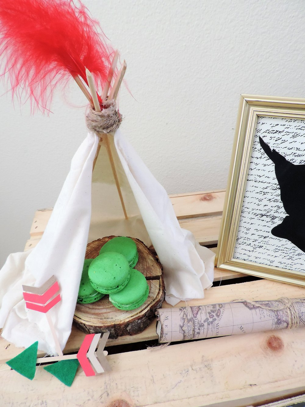 Peter Pan party decor-teepee-peter pan party ideas-peter pan desserts-peter pan party-peter pan birthday-www.SugarPartiesLA.com