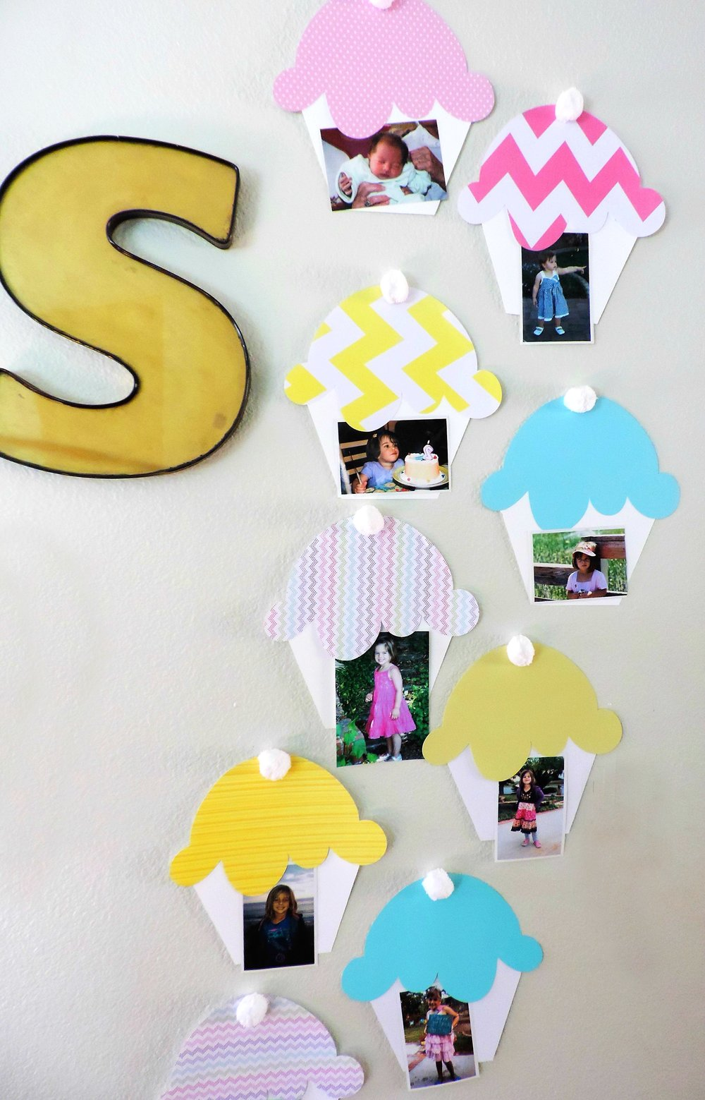 Cupcake party-cupcake party decor-cupcake birthday party-cupcake photo holder-cupcake wars-cupcake banner-www.SugarPartiesLA.com.jpg